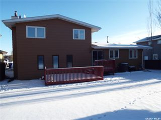 Photo 5: 331 Whiteswan Drive in Saskatoon: Lawson Heights Residential for sale : MLS®# SK795688