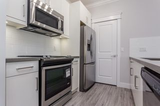 "Photo 6: 104 2229 ATKINS Avenue in Port Coquitlam: Central Pt Coquitlam Condo for sale in ""Downtown Point"" : MLS®# R2437113"