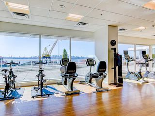 "Photo 18: 708 199 VICTORY SHIP Way in North Vancouver: Lower Lonsdale Condo for sale in ""TROPHY @ THE PIER"" : MLS®# R2445451"