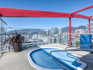 "Photo 16: 708 199 VICTORY SHIP Way in North Vancouver: Lower Lonsdale Condo for sale in ""TROPHY @ THE PIER"" : MLS®# R2445451"