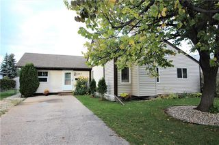 Photo 13: 257 Fortier Avenue in Winnipeg: North Kildonan Residential for sale (3G)  : MLS®# 202006090