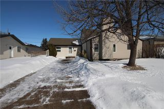 Photo 1: 257 Fortier Avenue in Winnipeg: North Kildonan Residential for sale (3G)  : MLS®# 202006090