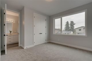 Photo 36: 3504 2 Avenue SW in Calgary: Spruce Cliff Detached for sale : MLS®# C4297385