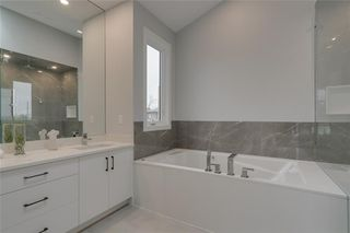 Photo 33: 3504 2 Avenue SW in Calgary: Spruce Cliff Detached for sale : MLS®# C4297385