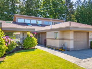 Photo 2: 832 Lakes Blvd in FRENCH CREEK: PQ French Creek Row/Townhouse for sale (Parksville/Qualicum)  : MLS®# 840629