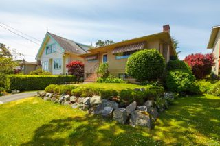 Photo 36: 2742 Roseberry Ave in : Vi Oaklands House for sale (Victoria)  : MLS®# 854051