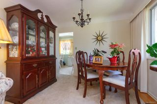 Photo 12: 2742 Roseberry Ave in : Vi Oaklands House for sale (Victoria)  : MLS®# 854051