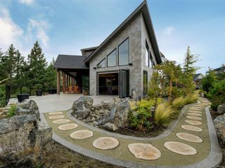 Photo 33: 1488 Pebble Pl in : La Bear Mountain House for sale (Langford)  : MLS®# 857886