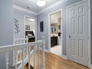 Photo 27: 211 Silvergrove Place NW in Calgary: Silver Springs Detached for sale : MLS®# A1042905