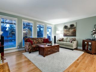 Photo 20: 211 Silvergrove Place NW in Calgary: Silver Springs Detached for sale : MLS®# A1042905