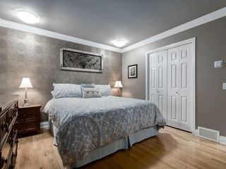 Photo 26: 211 Silvergrove Place NW in Calgary: Silver Springs Detached for sale : MLS®# A1042905