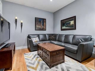 Photo 12: 211 Silvergrove Place NW in Calgary: Silver Springs Detached for sale : MLS®# A1042905