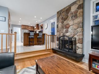 Photo 14: 211 Silvergrove Place NW in Calgary: Silver Springs Detached for sale : MLS®# A1042905