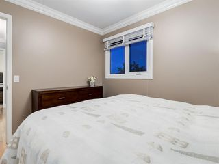Photo 35: 211 Silvergrove Place NW in Calgary: Silver Springs Detached for sale : MLS®# A1042905