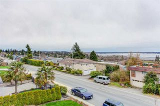 """Photo 6: 15765 PACIFIC Avenue: White Rock House for sale in """"White Rock"""" (South Surrey White Rock)  : MLS®# R2511495"""