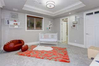 """Photo 33: 15765 PACIFIC Avenue: White Rock House for sale in """"White Rock"""" (South Surrey White Rock)  : MLS®# R2511495"""