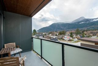 Photo 12: 503 38013 THIRD AVENUE in Squamish: Downtown SQ Condo for sale : MLS®# R2513106