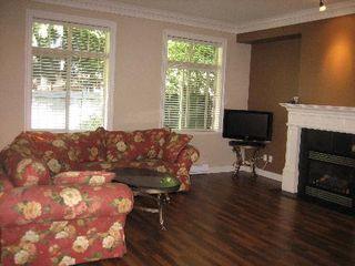 Photo 2: #8-9600 No.3 Road: Condo for sale (Saunders)  : MLS®# V787486
