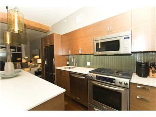 "Photo 3: 209 1275 HAMILTON Street in Vancouver: Yaletown Condo for sale in ""THE ALDA"" (Vancouver West)  : MLS®# V941280"