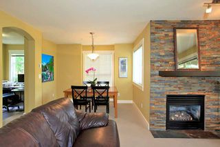 Photo 4: Townhouse for sale in North Vancouver