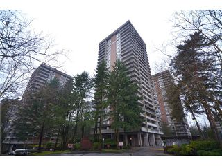 "Photo 10: 2404 3755 BARTLETT Court in Burnaby: Sullivan Heights Condo for sale in ""Timbelea/Oak"" (Burnaby North)  : MLS®# V981075"