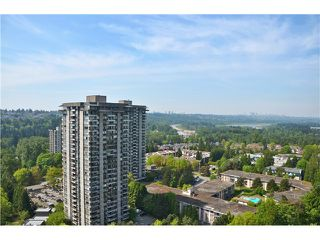 "Photo 3: 2404 3755 BARTLETT Court in Burnaby: Sullivan Heights Condo for sale in ""Timbelea/Oak"" (Burnaby North)  : MLS®# V981075"