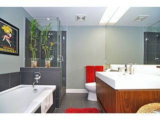 """Photo 6: 702 33 W PENDER Street in Vancouver: Downtown VW Condo for sale in """"33 Pender"""" (Vancouver West)  : MLS®# V987080"""