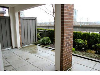 """Photo 10: 114 4728 BRENTWOOD Drive in Burnaby: Brentwood Park Condo for sale in """"VARLEY"""" (Burnaby North)  : MLS®# V995826"""