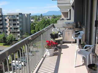 """Photo 3: # 702 9320 PARKSVILLE DR in Richmond: Boyd Park Condo for sale in """"MASTER GREEN"""" : MLS®# V1013769"""
