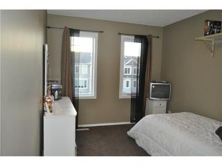 Photo 11: 64 WINDSTONE Green SW: Airdrie Townhouse for sale : MLS®# C3629867