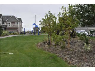 Photo 16: 64 WINDSTONE Green SW: Airdrie Townhouse for sale : MLS®# C3629867