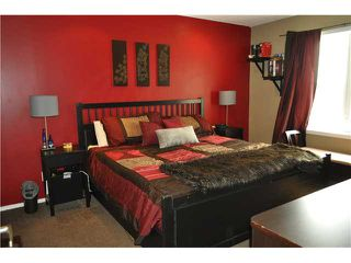 Photo 10: 64 WINDSTONE Green SW: Airdrie Townhouse for sale : MLS®# C3629867