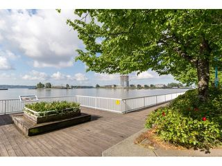 Photo 2: 108 12 K DE K COURT in New Westminster: Quay Condo for sale : MLS®# R2062238