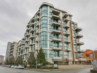 Photo 1: 308 7 RIALTO COURT in New Westminster: Quay Condo for sale : MLS®# R2145838