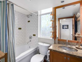 Photo 13: 308 7 RIALTO COURT in New Westminster: Quay Condo for sale : MLS®# R2145838
