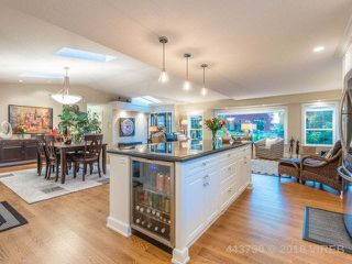 Photo 17: 146 E Crescent Road: Qualicum Beach House for sale (Parksville/Qualicum)  : MLS®# 443750