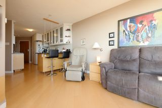 Photo 8: 1908 620 Toronto Street in Victoria: Victoria VE Condo for sale (Islands-Van. & Gulf)  : MLS®# 396891