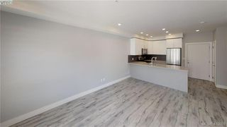 Photo 10: 310 280 Island Hwy in VICTORIA: VR View Royal Condo for sale (View Royal)  : MLS®# 823218