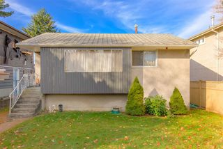 Photo 3: 3427 MONS Drive in Vancouver: Renfrew Heights House for sale (Vancouver East)  : MLS®# R2418455