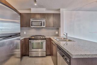 """Photo 4: 1106 9171 FERNDALE Road in Richmond: McLennan North Condo for sale in """"FULLERTON"""" : MLS®# R2418851"""