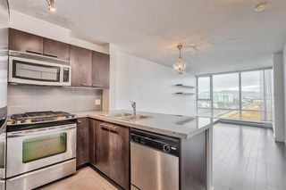 """Photo 3: 1106 9171 FERNDALE Road in Richmond: McLennan North Condo for sale in """"FULLERTON"""" : MLS®# R2418851"""