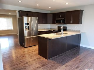 Photo 4: 535 L Avenue North in Saskatoon: Westmount Residential for sale : MLS®# SK792937