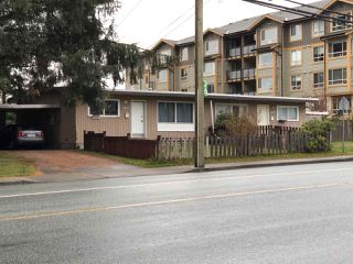 Photo 1: 8366 - 8370 CEDAR Street in Mission: Mission BC House Duplex for sale : MLS®# R2420987