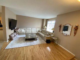 Photo 3: 25 8403 164 Avenue in Edmonton: Zone 28 Townhouse for sale : MLS®# E4187065