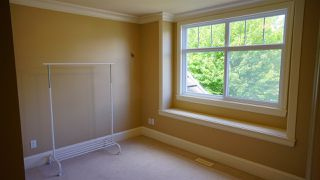 Photo 15: 13546 14 Avenue in Surrey: Crescent Bch Ocean Pk. House for sale (South Surrey White Rock)  : MLS®# R2472072