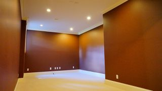 Photo 29: 13546 14 Avenue in Surrey: Crescent Bch Ocean Pk. House for sale (South Surrey White Rock)  : MLS®# R2472072