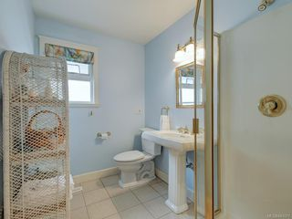 Photo 5: 564 Oliver St in Oak Bay: OB South Oak Bay House for sale : MLS®# 841071