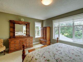Photo 17: 564 Oliver St in Oak Bay: OB South Oak Bay House for sale : MLS®# 841071