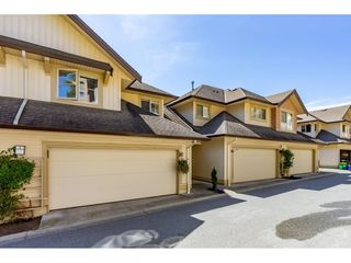 "Photo 3: 61 20350 68 Avenue in Langley: Willoughby Heights Townhouse for sale in ""SUNRIDGE"" : MLS®# R2478175"