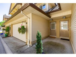 "Photo 4: 61 20350 68 Avenue in Langley: Willoughby Heights Townhouse for sale in ""SUNRIDGE"" : MLS®# R2478175"
